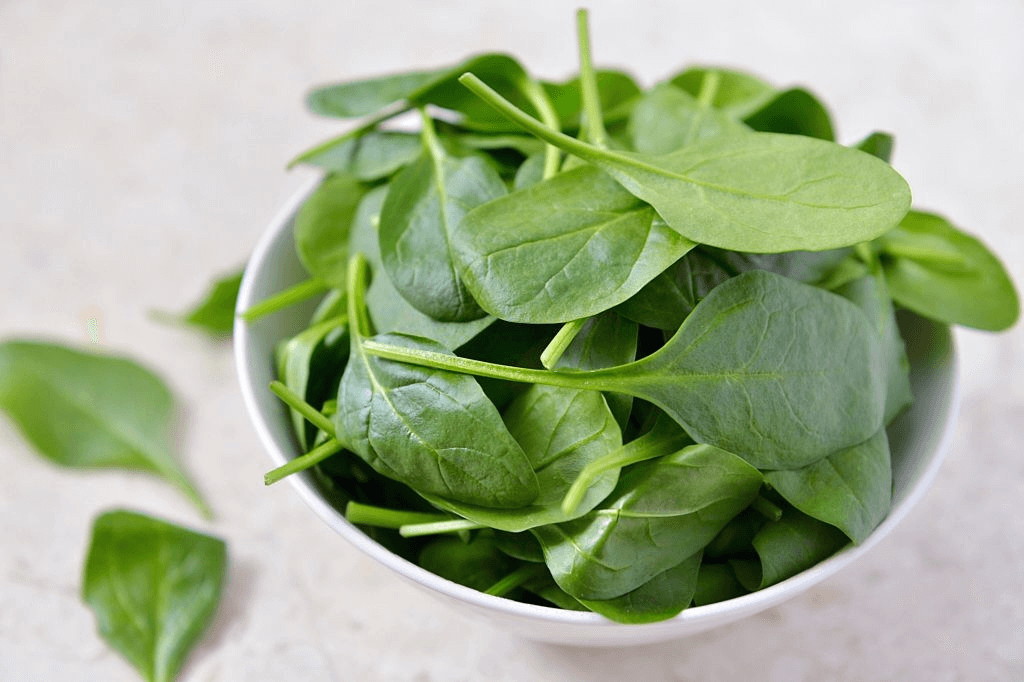 Easy salad greens to grow: Spinach